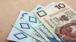 Oszczędności Polaków na lokatach